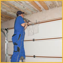 Community Garage Door Service Highland Park, IL 847-979-0870